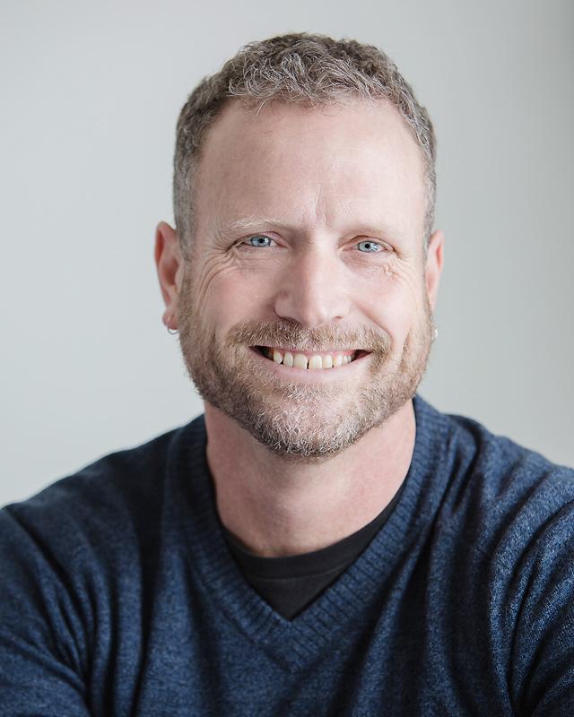 Dr. Thomas Merritt