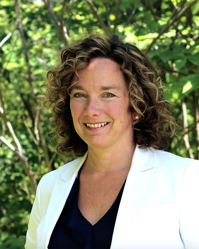 Dr. Chantal Barriault